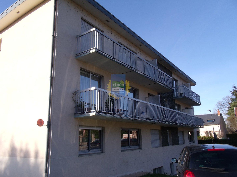 location appartement 3 pièces YZEURE 03400