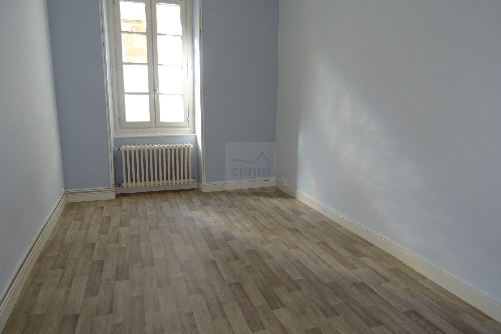 location appartement 1 pièces MOULINS 03000