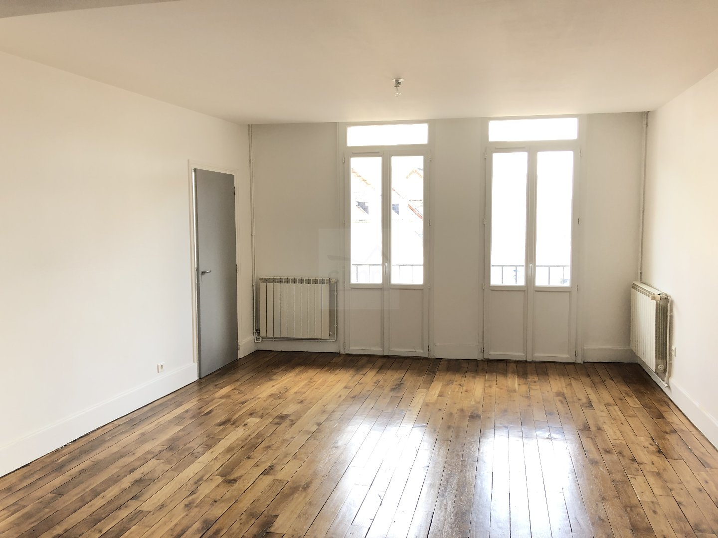 photo de location appartement MOULINS