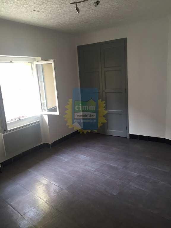 location maison/villa 2 pièces PEYRUIS 04310