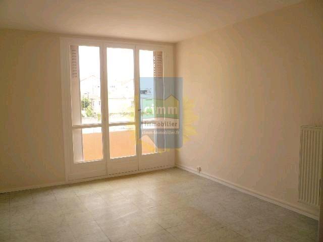 location appartement 4 pièces MONTELIMAR 26200