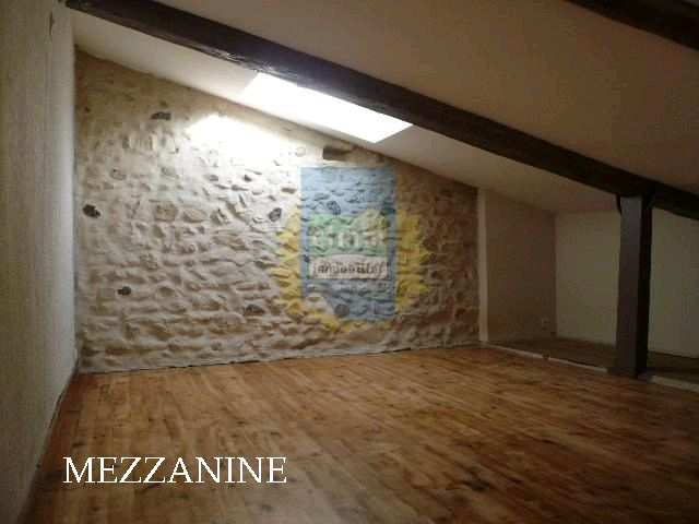 location appartement 3 pièces ROCHEMAURE 07400