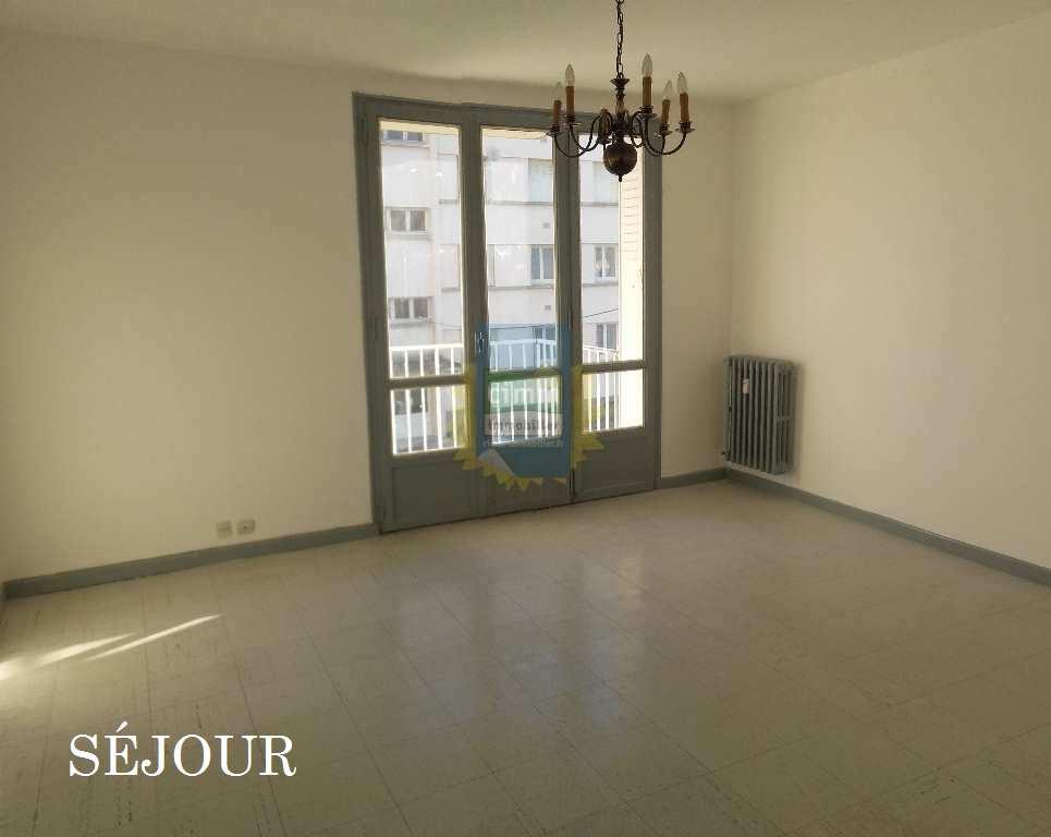 vente appartement 4 pièces LE TEIL 07400