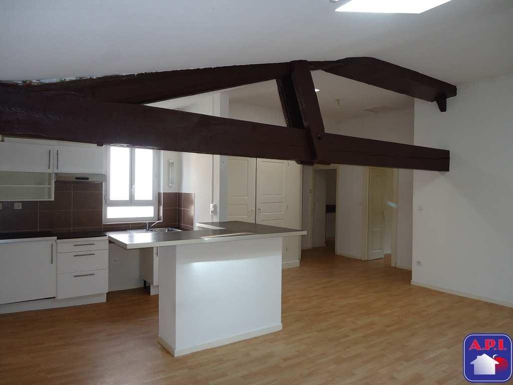 location appartement 4 pièces FOIX 09000