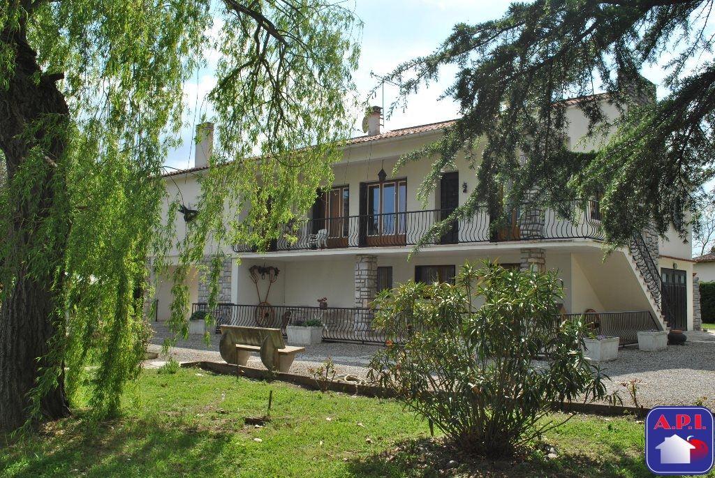 vente maison/villa 8 pièces CINTEGABELLE 31550