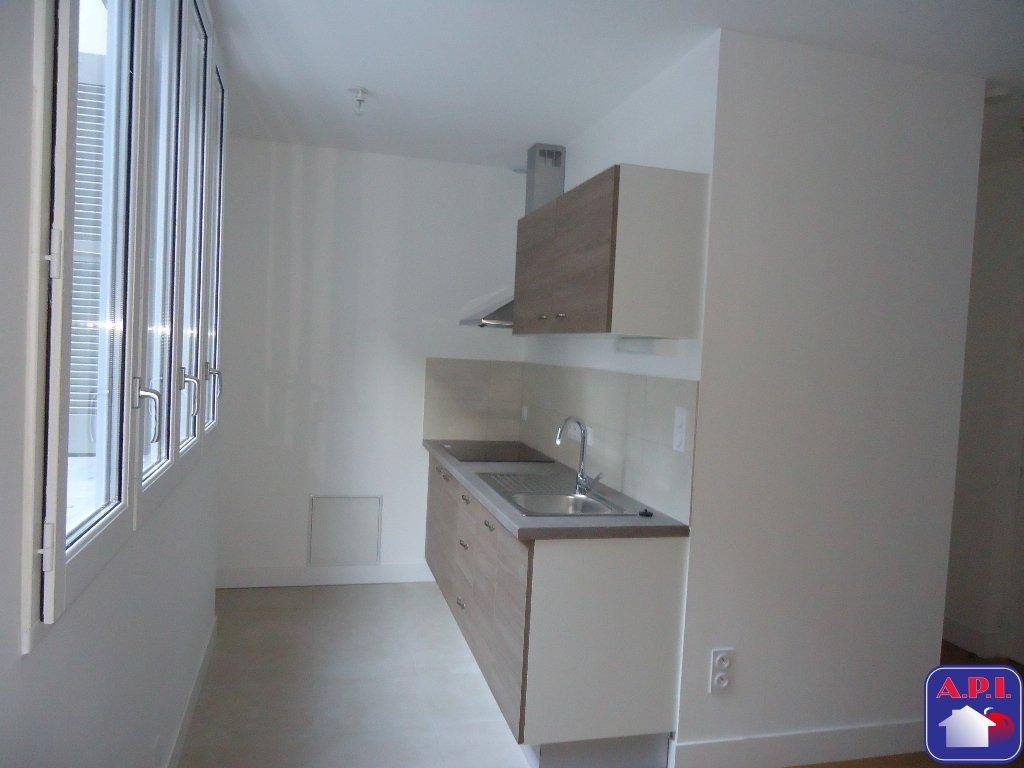 Annonce location appartement foix 09000 20 m 380 for Annonce location appartement