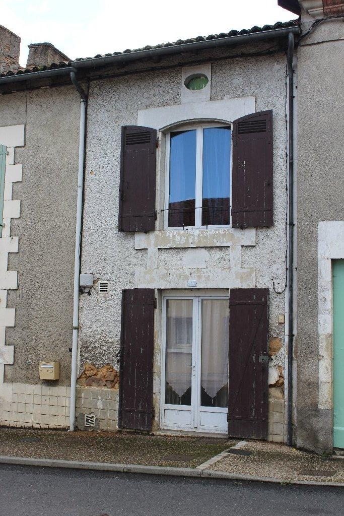 Frankrijk ~ Poitou-Charentes ~ 86 - Vienne - Woonhuis