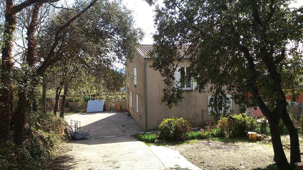 location maison/villa 4 pièces LA VERDIERE 83560
