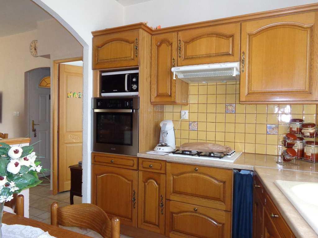location appartement 4 pièces PEYROLLES EN PROVENCE 13860