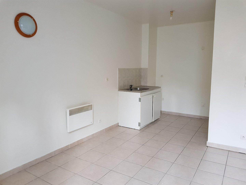 location appartement 2 pièces RIANS 83560