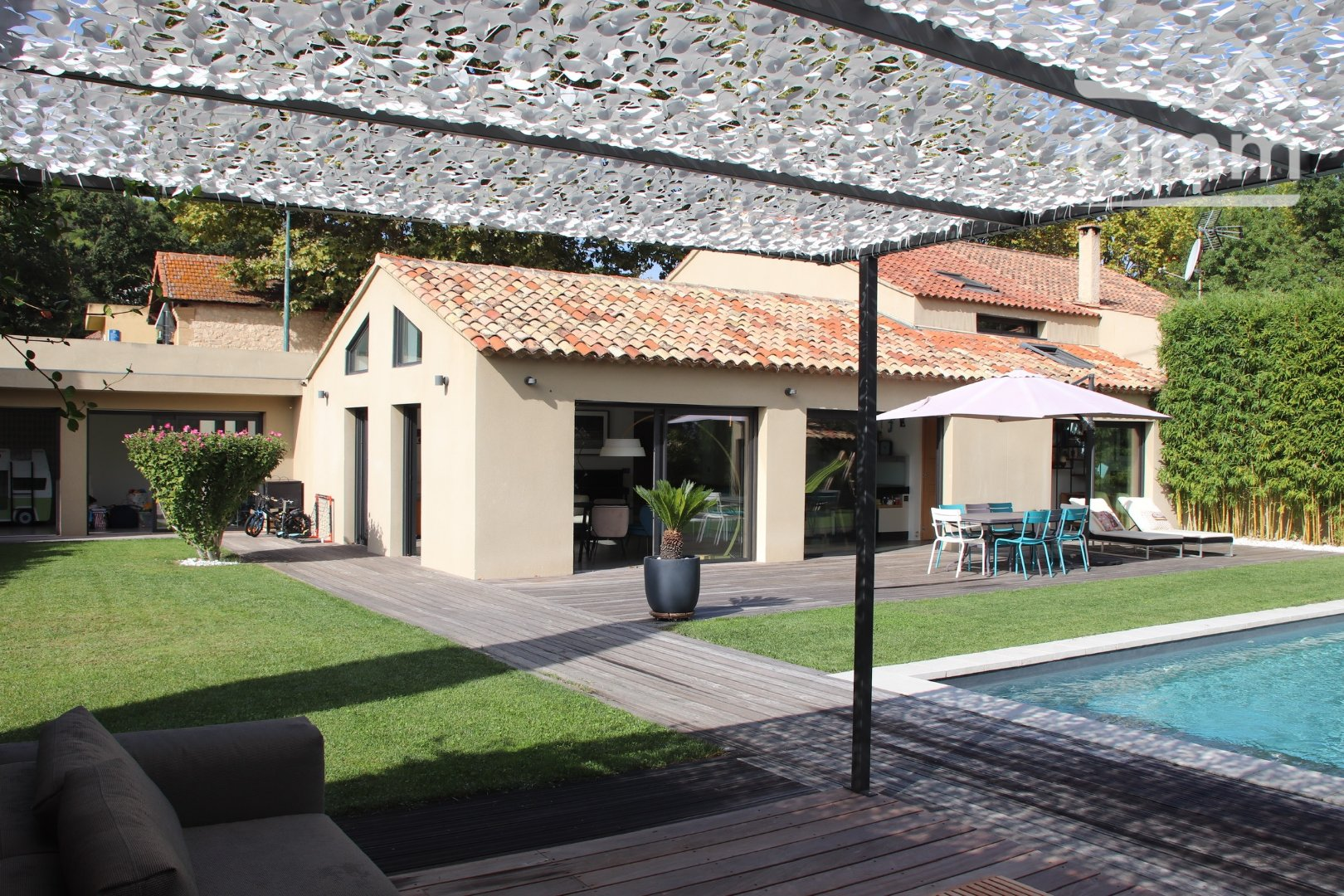 location maison/villa 6 pièces LE PUY SAINTE REPARADE 13610
