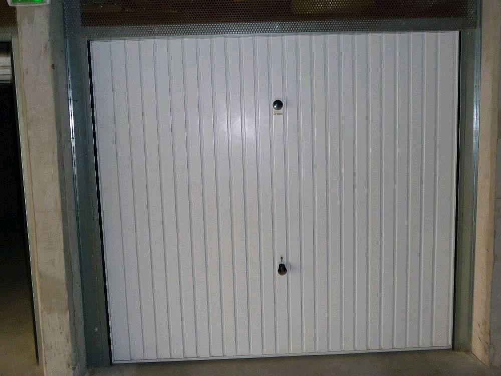 location parking/box PEYROLLES-EN-PROVENCE PEYROLLES-EN-PROVENCE 13860