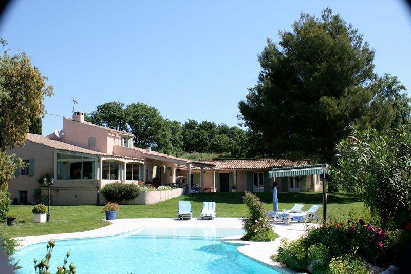 vente maison/villa 11 pièces ROBION 84440