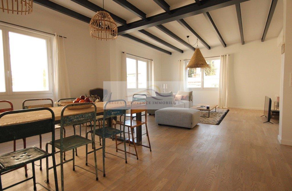 location vacances loft/atelier/surface 6 pièces SAINT REMY DE PROVENCE 13210