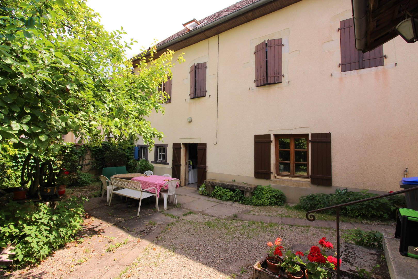 vente maison/villa 8 pièces ARC SUR TILLE 21560