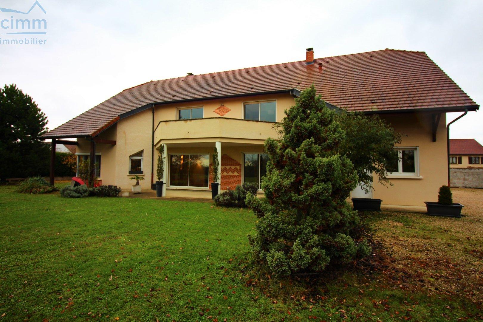 vente maison/villa 7 pièces ARC SUR TILLE 21560