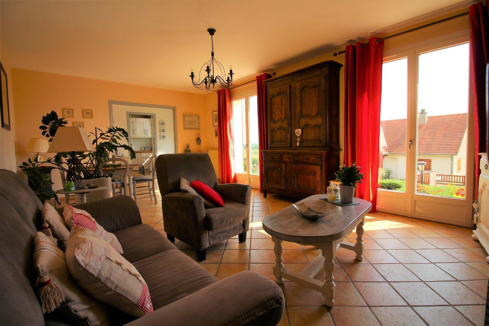 vente maison/villa 5 pièces PONTAILLER-SUR-SAONE 21270