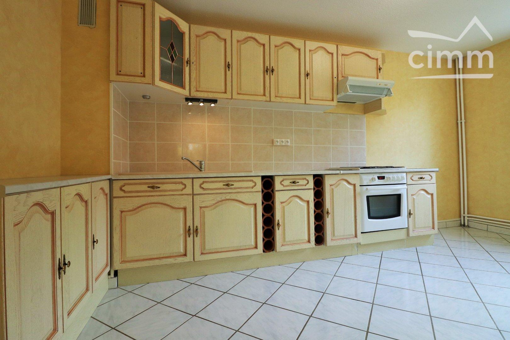 location appartement 3 pièces CHEVIGNY SAINT SAUVEUR 21800