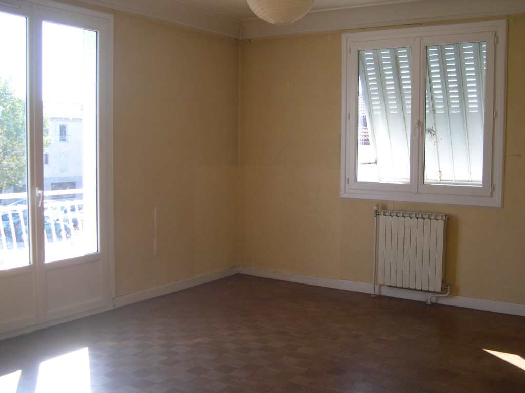 location appartement 5 pièces ANNEYRON 26140