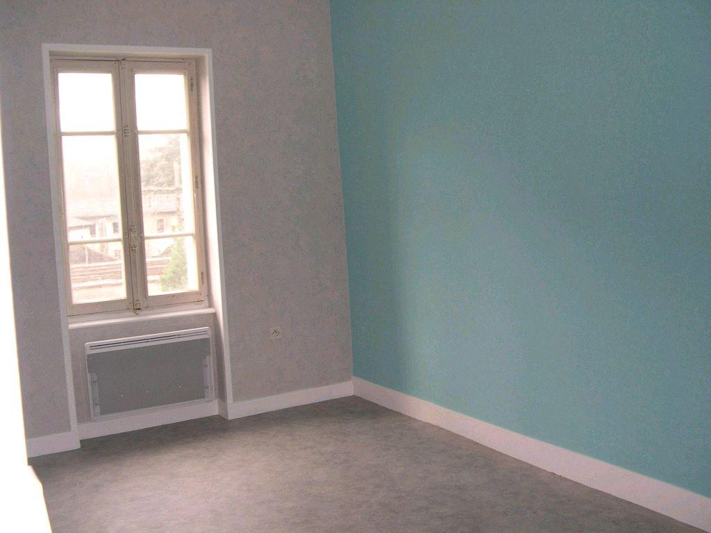 location appartement 2 pièces SAINT-RAMBERT-D'ALBON 26140