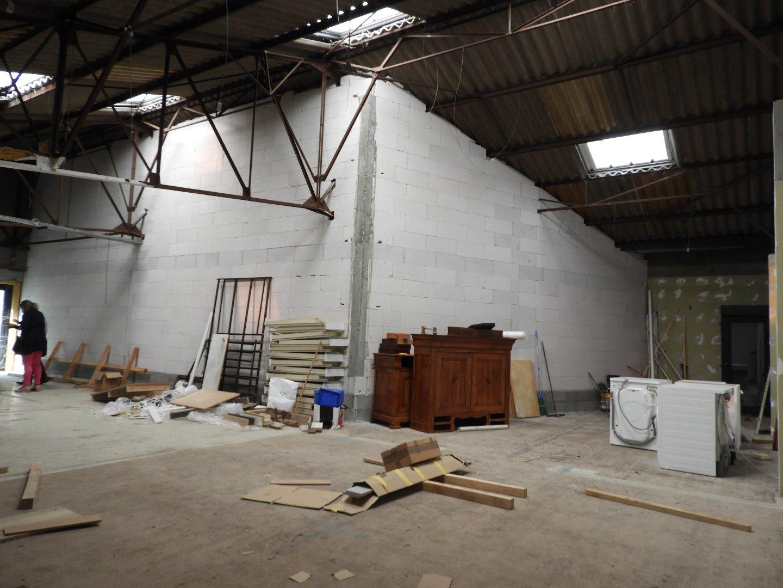 Ateliers et Bureaux - Bureau Local Entrepôt