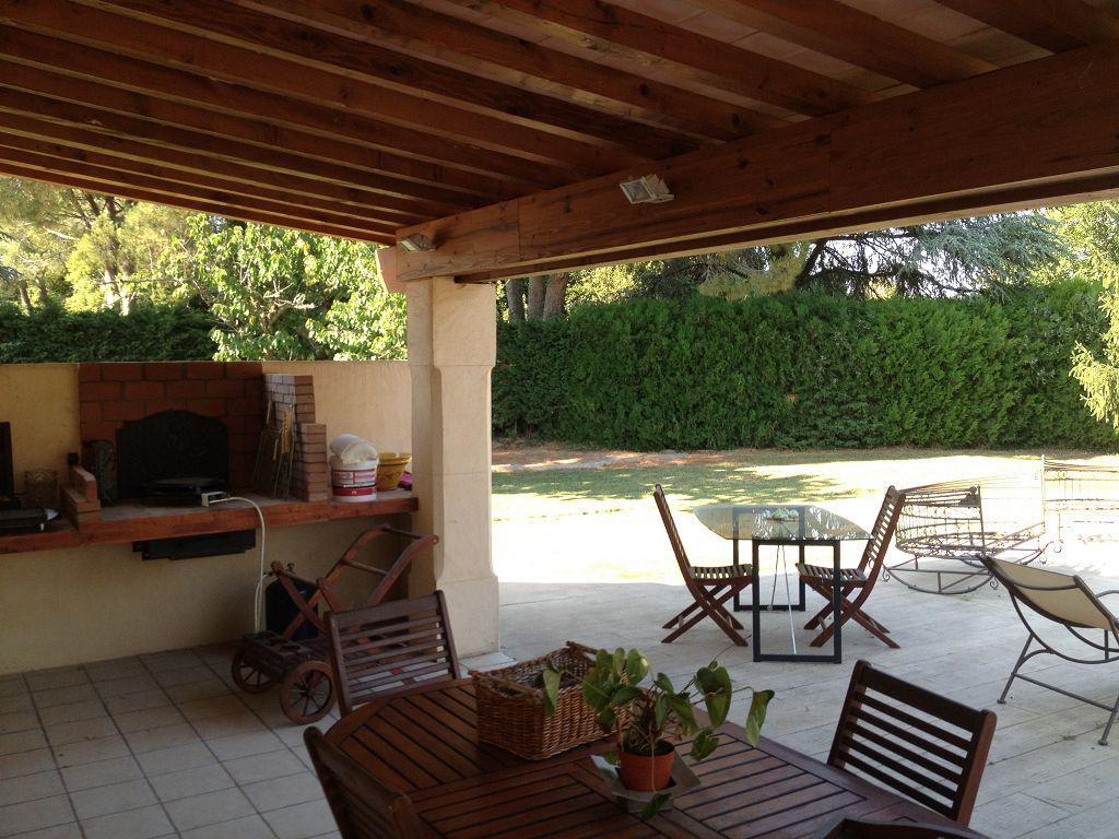 vente de prestige maison/villa 6 pièces NIMES 30900