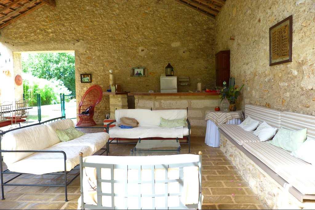 vente maison/villa 8 pièces SOMMIERES 30250