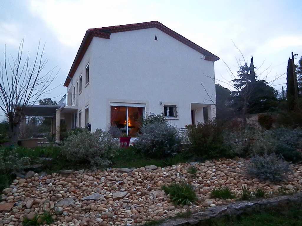 vente de prestige maison/villa 8 pièces NIMES 30900