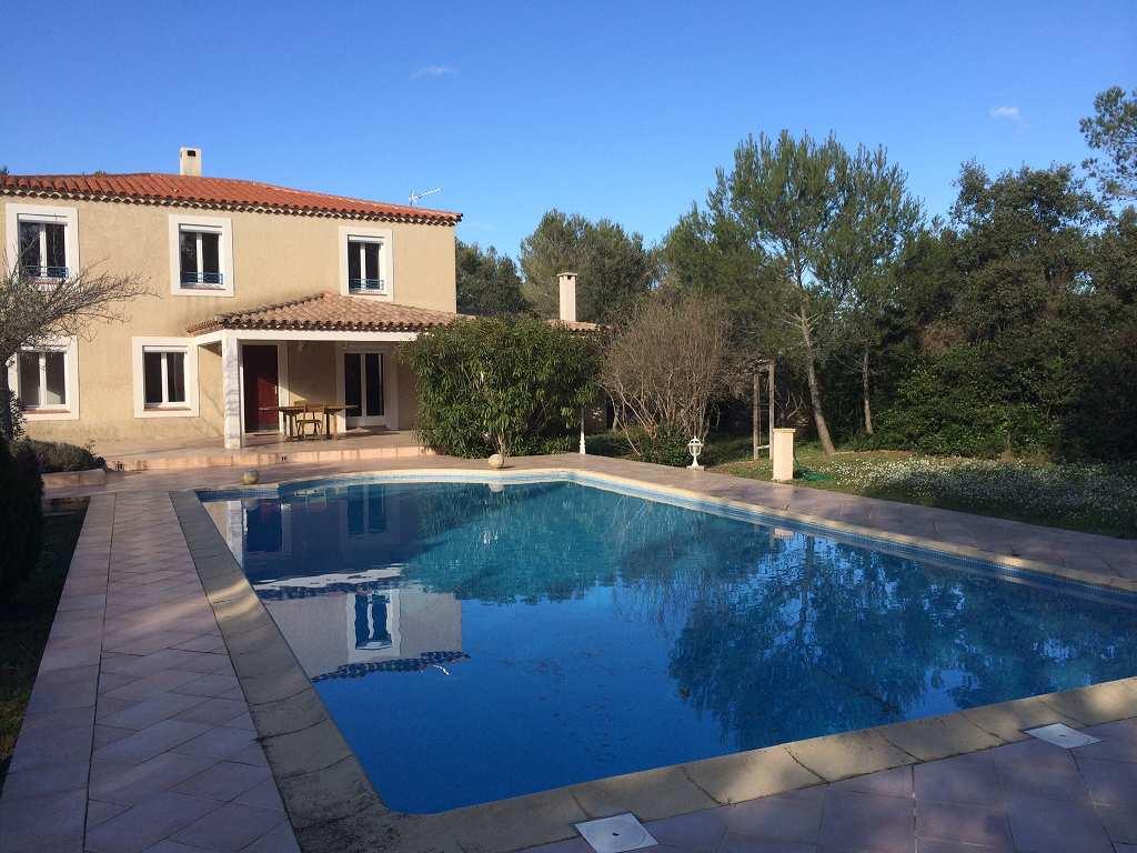 vente de prestige maison/villa 7 pièces NIMES 30000