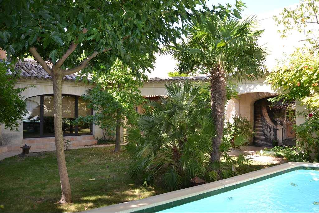 vente de prestige maison/villa 8 pièces SOMMIERES 30250