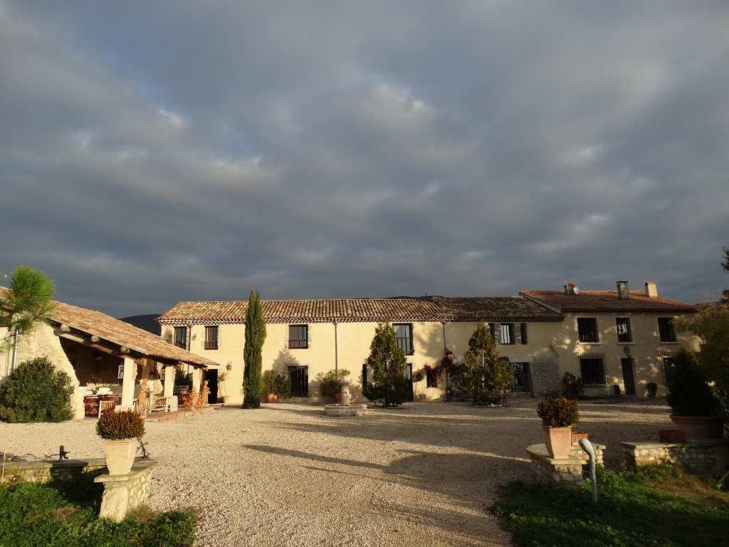 vente de prestige maison/villa 1 pièces PROVENCE-LOURMARIN 84160