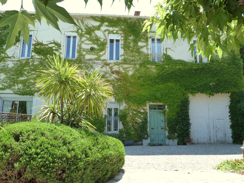 vente maison/villa 26 pièces PEZENAS 34120