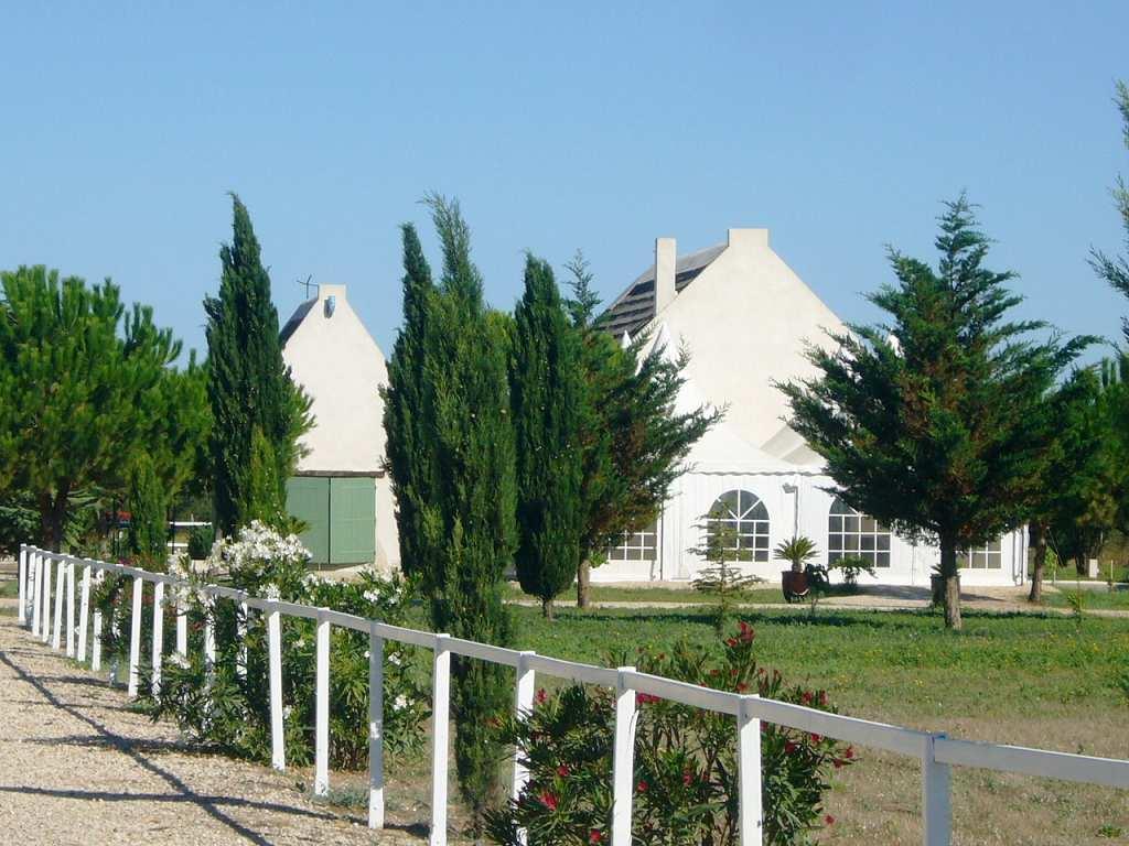 vente maison/villa 6 pièces AIGUES MORTES 30220