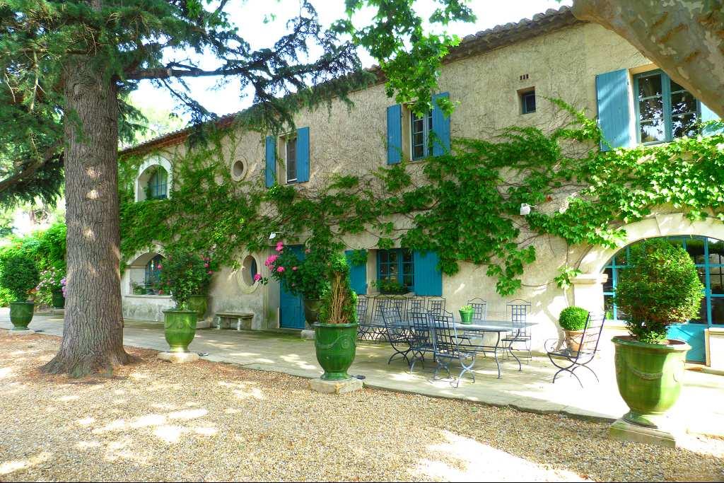 vente de prestige maison/villa 8 pièces AIMARGUES 34000