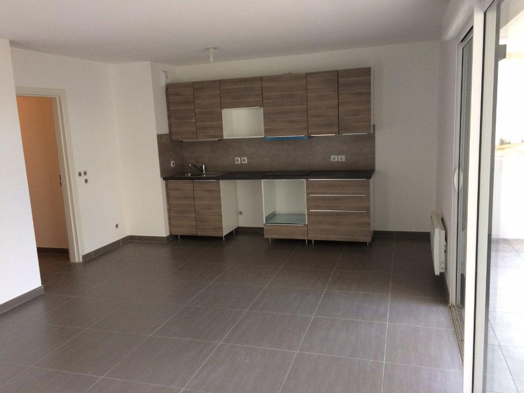 location appartement 3 pièces SAINT GELY DU FESC 34980