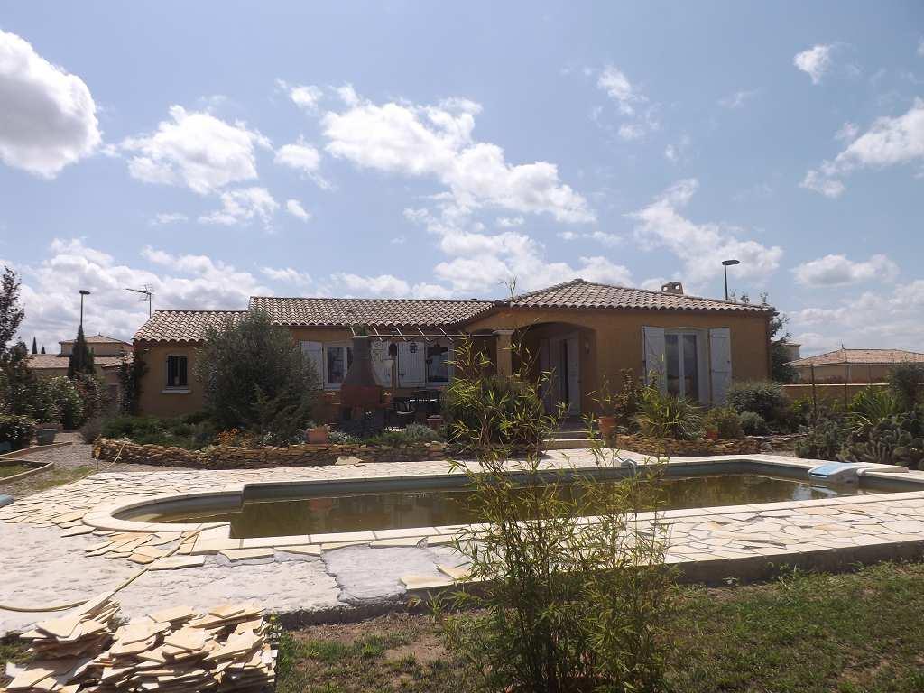 Maison - 5 pièce(s) - 111 m² 262000 Carcassonne (11000)