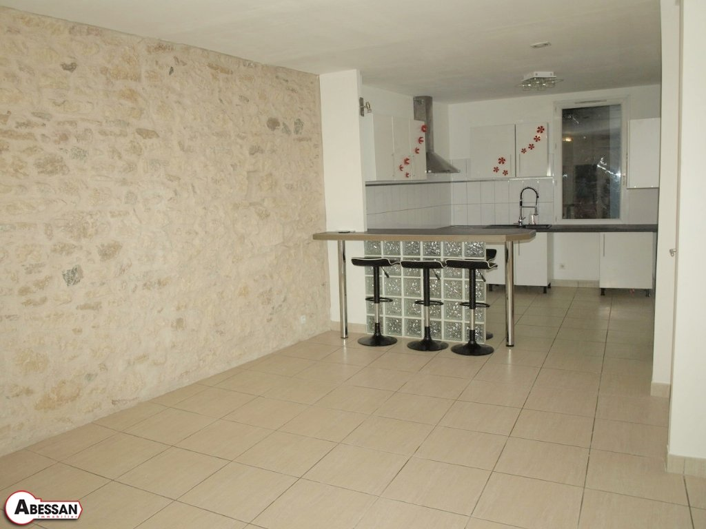 Vente appartement 3 pi ces for Code postal gigean