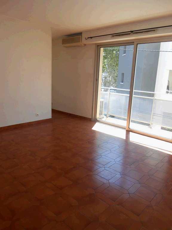 location appartement 2 pièces BEZIERS 34500