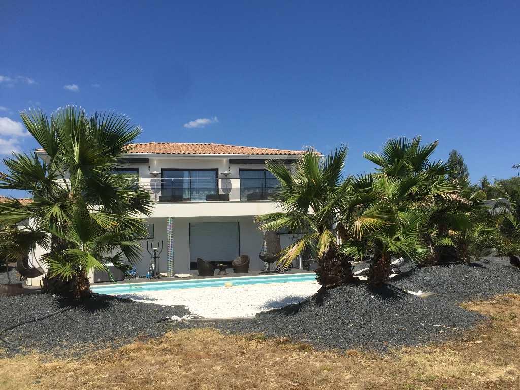 vente de prestige maison/villa 6 pièces MONTARNAUD 34570