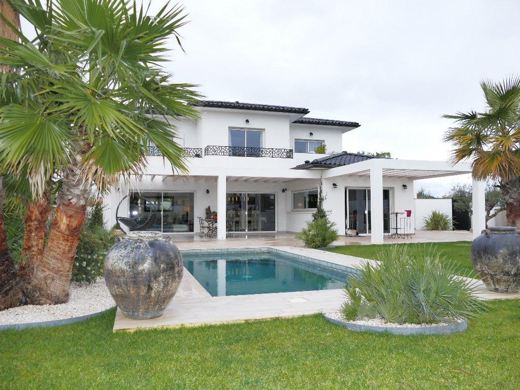 vente maison/villa 8 pièces LIGNAN SUR ORB 34490