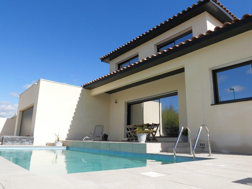 vente maison/villa 6 pièces CLERMONT L'HERAULT 34800