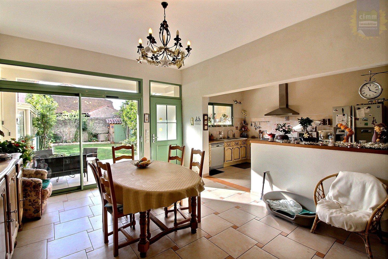 IMMOPLAGE VALRAS-PLAGE, agence immobilière, vente, location et location vacances appartement et maison entre Agde/Sete et Narbonne, proche Béziers - Maison vigneronne - NISSAN LEZ ENSERUNE - Vente - 215m²