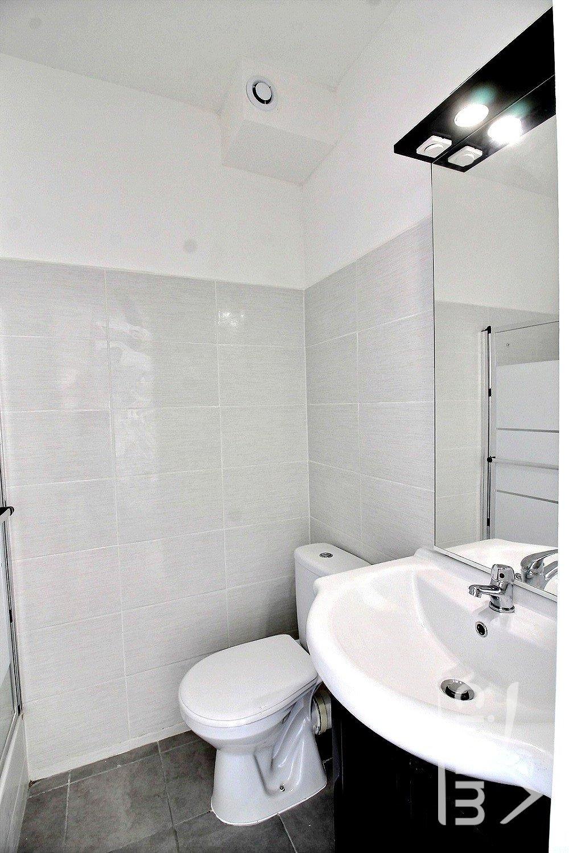 IMMOPLAGE VALRAS-PLAGE, agence immobilière, vente, location et location vacances appartement et maison entre Agde/Sete et Narbonne, proche Béziers - Appartement - VALRAS PLAGE - Vente - 18m²