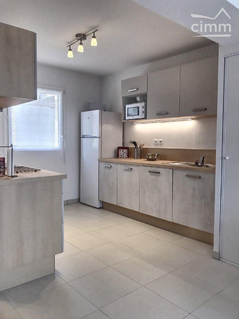 IMMOPLAGE VALRAS-PLAGE, agence immobilière, vente, location et location vacances appartement et maison entre Agde/Sete et Narbonne, proche Béziers - Pavillon - SERIGNAN - Location Vacances - 70m²
