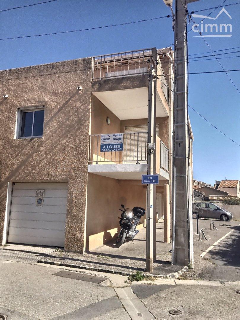 IMMOPLAGE VALRAS-PLAGE, agence immobilière, vente, location et location vacances appartement et maison entre Agde/Sete et Narbonne, proche Béziers - Appartement rénové - VALRAS PLAGE - Location - 42m²