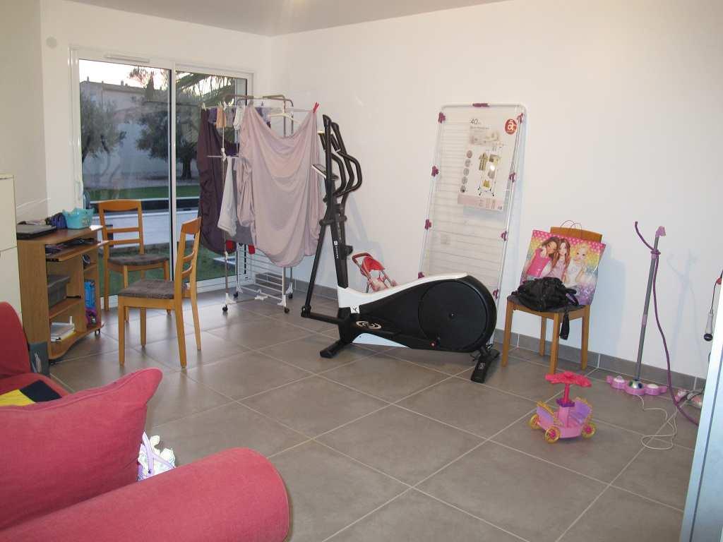 IMMOPLAGE VALRAS-PLAGE, agence immobilière, vente, location et location vacances appartement et maison entre Agde/Sete et Narbonne, proche Béziers - Maison contemporaine - BEZIERS - Vente - 230m²