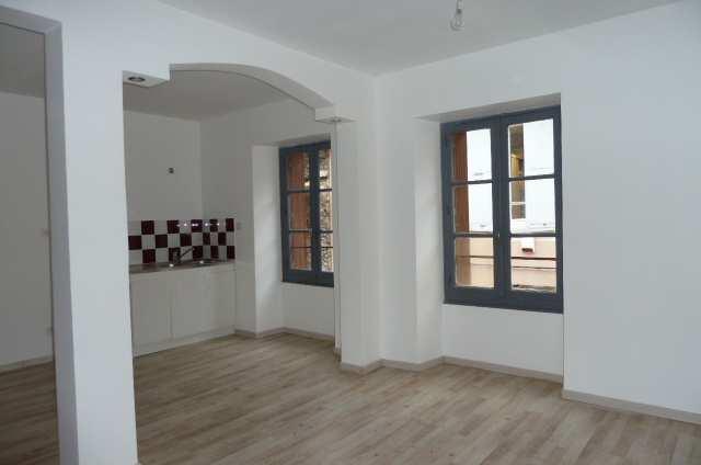 location appartement 4 pièces SAINT LAURENT DU PONT 38380
