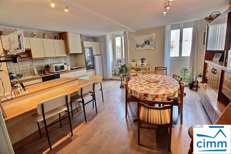 vente appartement 5 pièces SAINT JEAN DE BOURNAY 38440