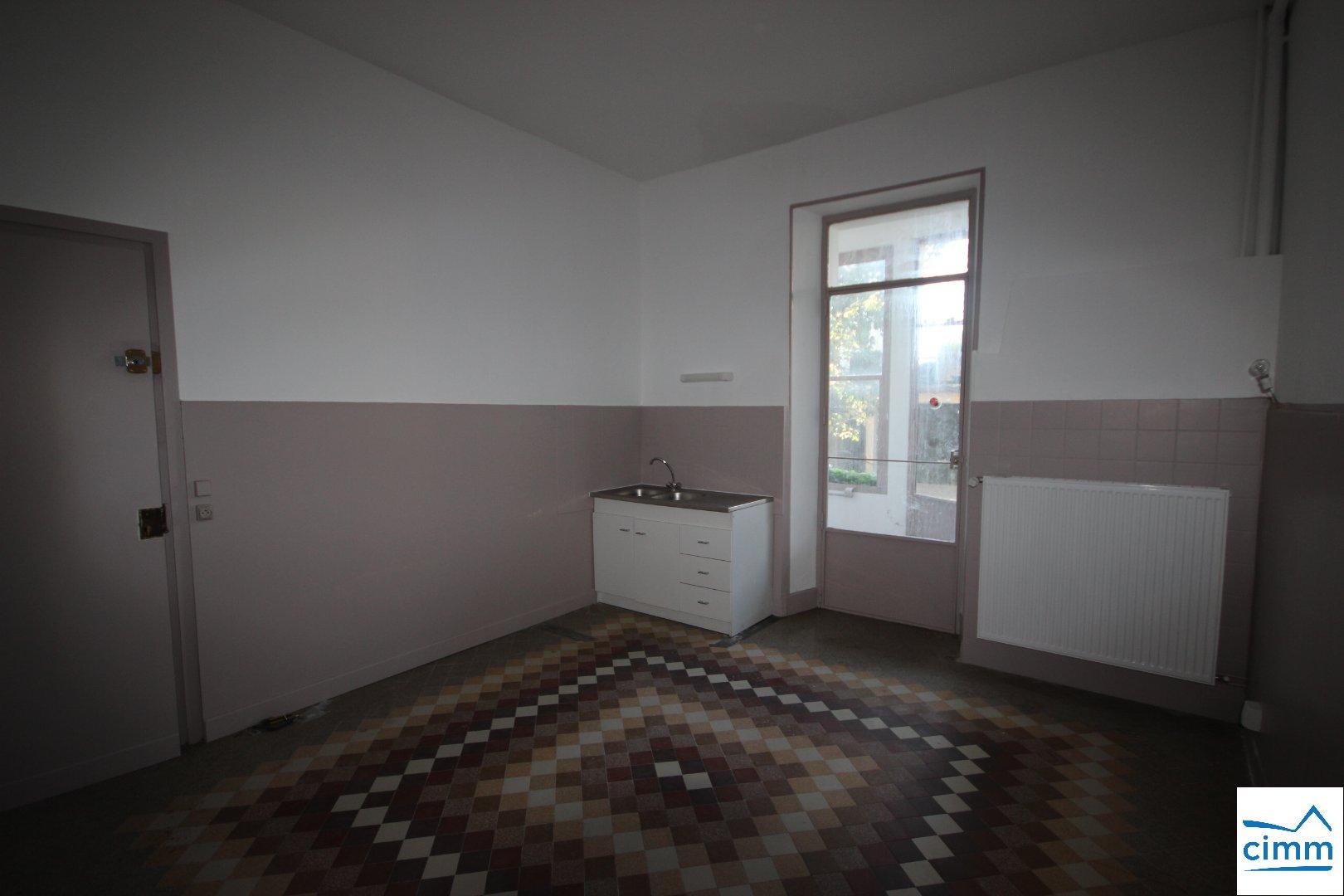 location appartement 3 pièces SAINT SIMEON DE BRESSIEUX 38870