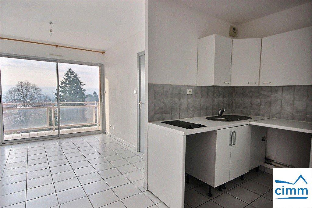 location appartement 2 pièces LA COTE SAINT ANDRE 38260